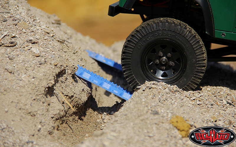 Set Rampe de Recuperare RC4WD MAXTRAX 1/10 (FJ Albastru/2 buc)